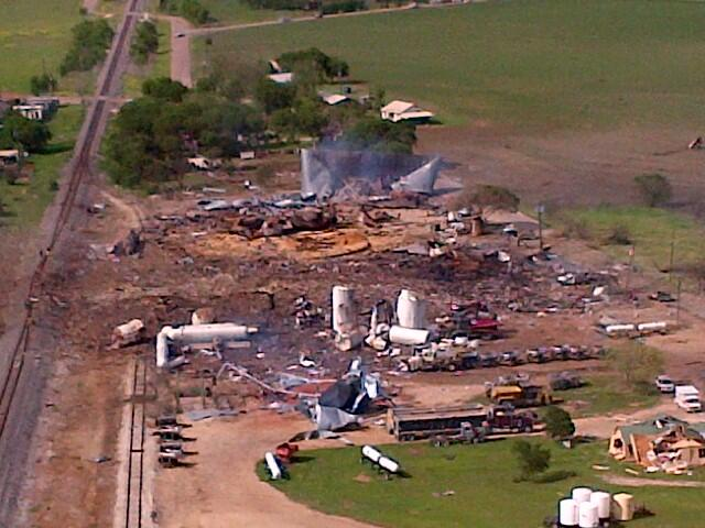 نزدیک کارخانه شیمیایی خانه نسازید!