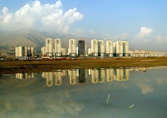 ساخت مجتمع تجاری و اداری در چیتگر