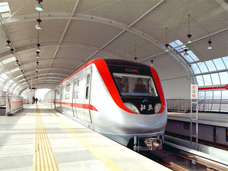 اجرای قطار شهری در خیابان امام اردبیل