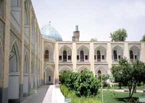 بازشناسی مفاهیم و ویژگیهای توسعه پایدار شهری در منظر شهرهای سنتی ایران2