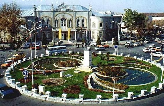 ويژگيهاى ساخت كالبدى شهرهاى ايرانى - اسلامى